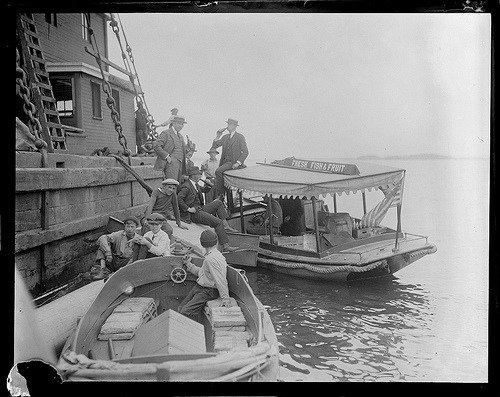 Prohibition Era alcohol delivery by boat