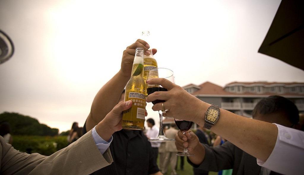 Open Bar Wedding (Photo Credit: Bernard Delmundo)